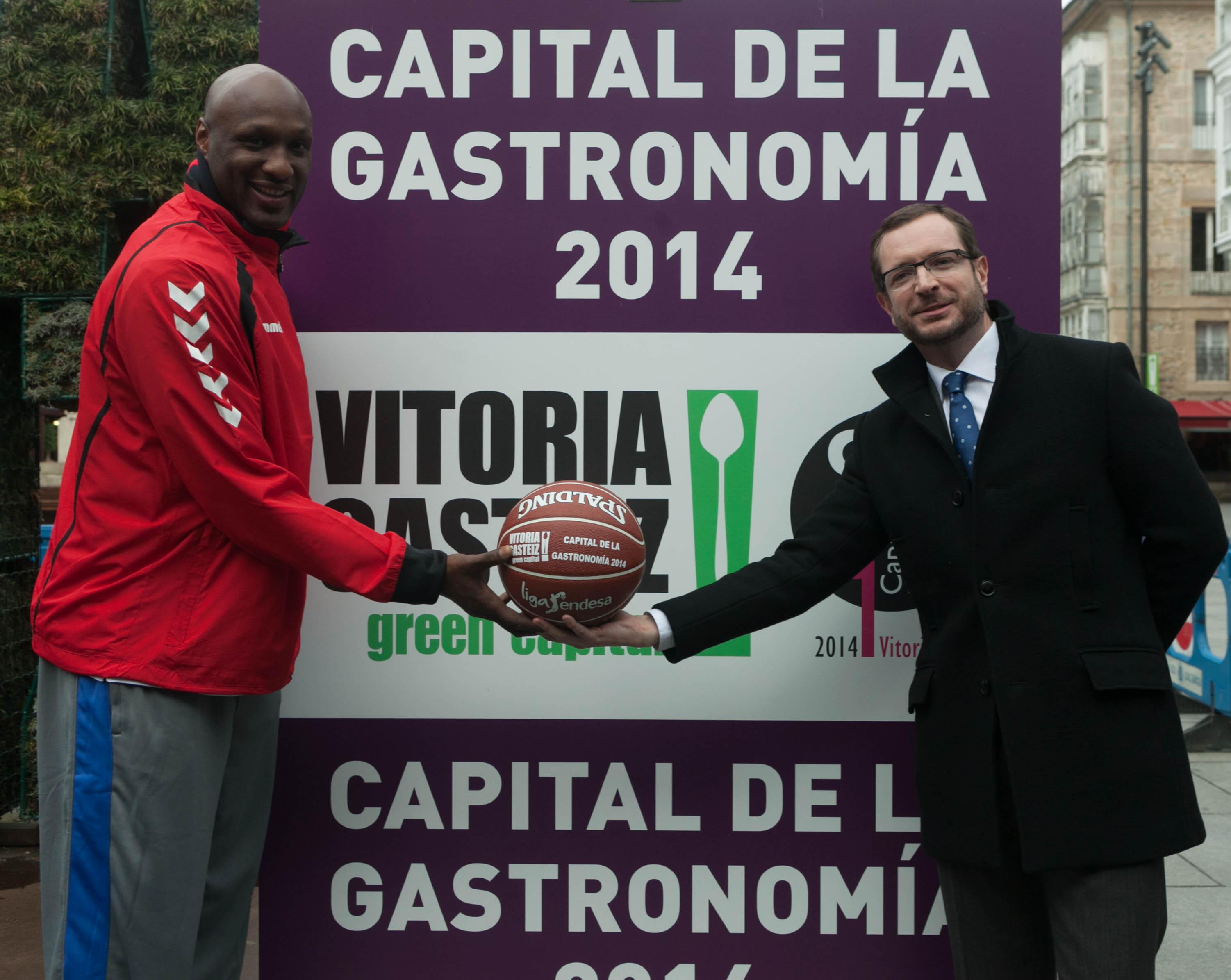 http://blogs.vitoria-gasteiz.org/medios/files/2014/02/lamar-maroto-2.jpg