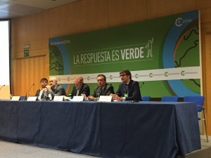 El alcalde, en la mesa redonda en la que ha desgranado la estrategia de Vitoria-Gasteiz contra el cambio climático