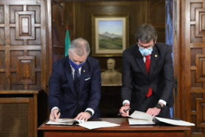 Firma del convenio del canon de capitalidad